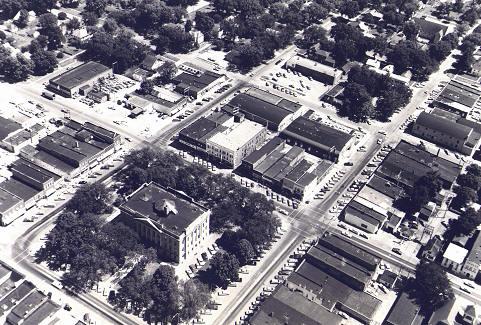 Jefferson Iowa News Photo Archives